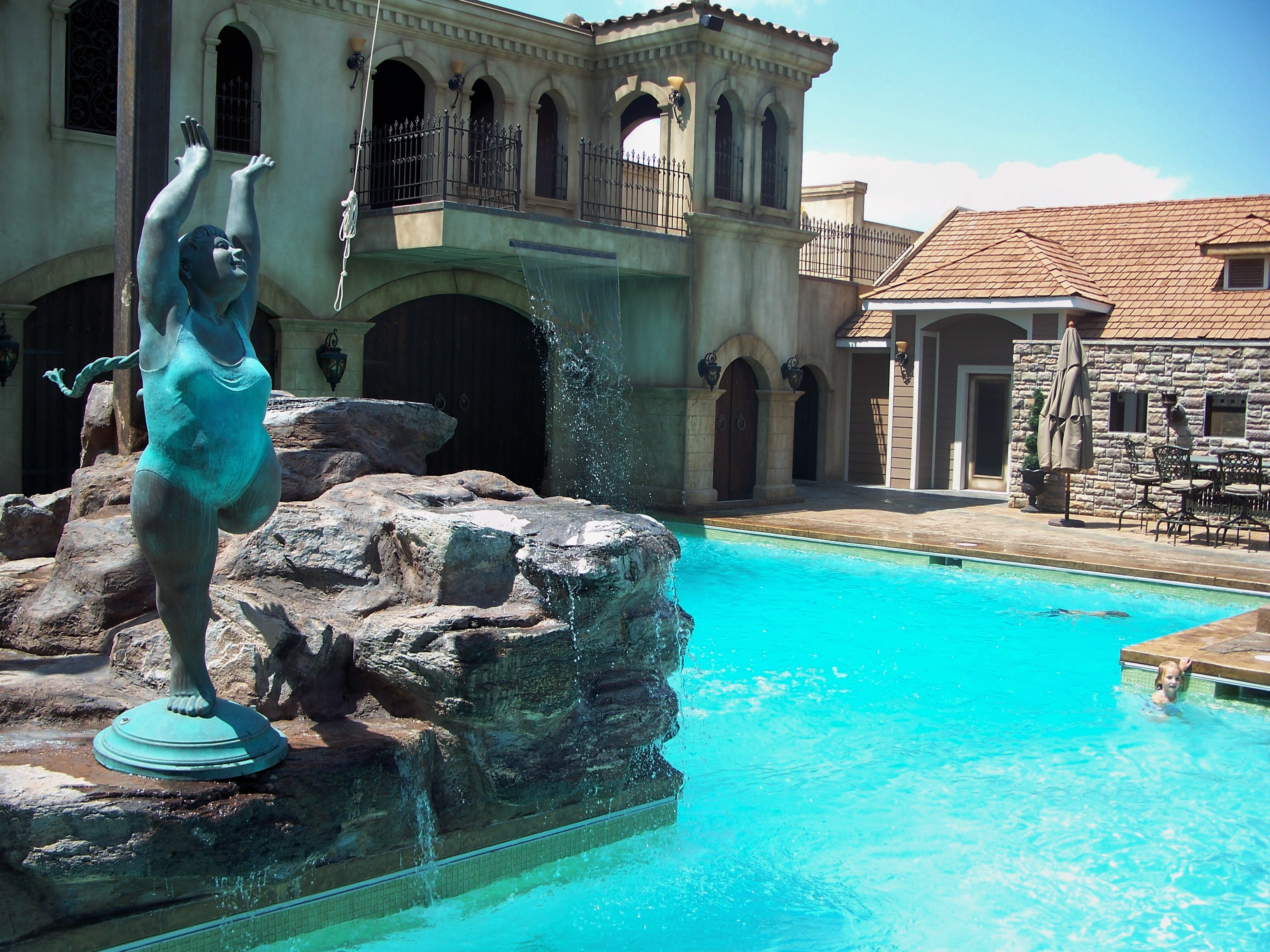 Home signature pools of utah for Pool design utah